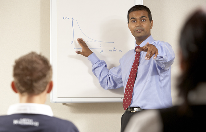 Photo of Tufal Teaching